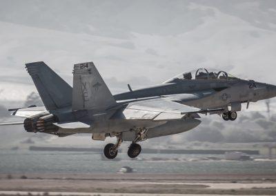 F-18 Gear Up